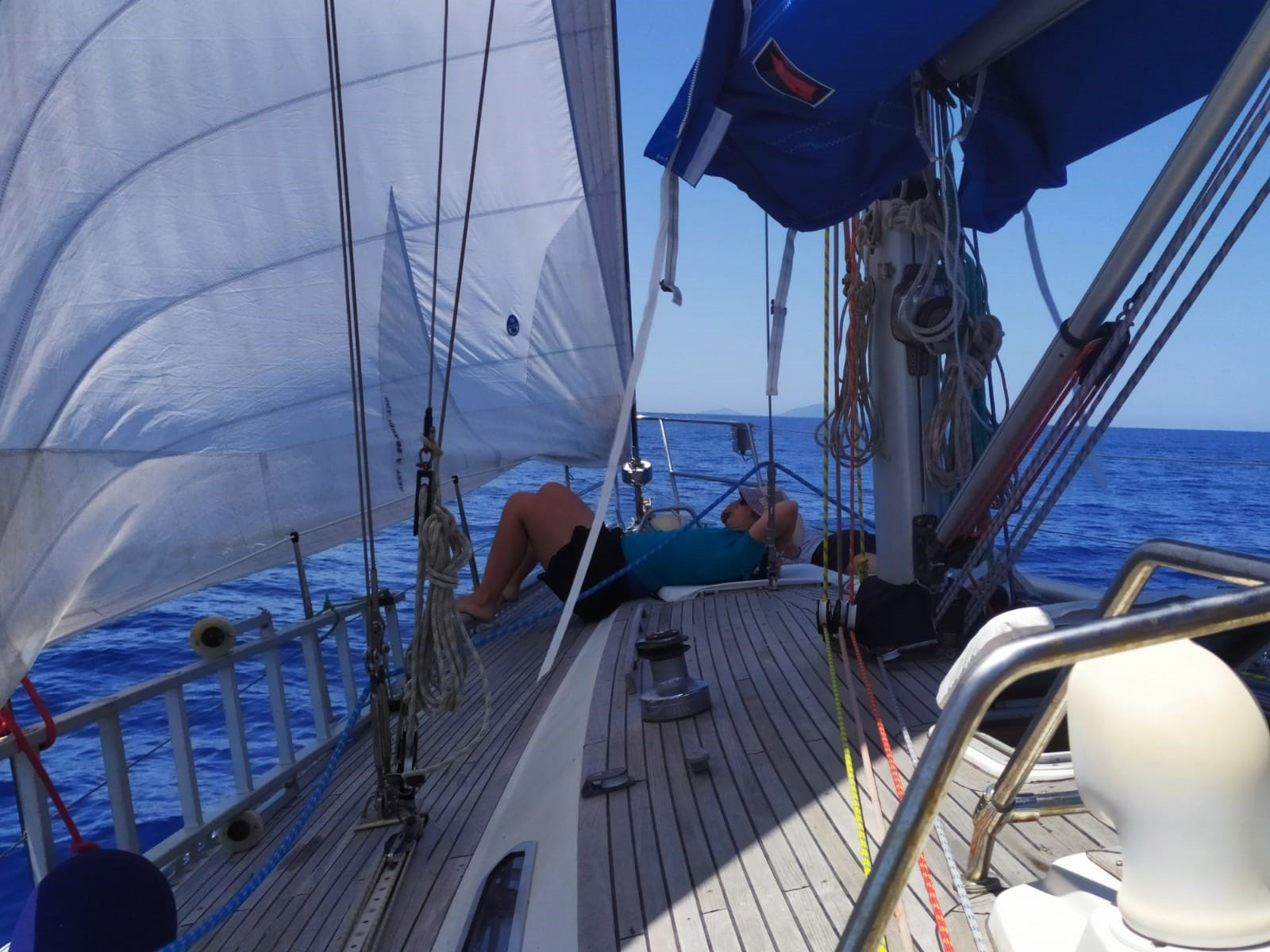 Sardinia sailing excursions - Sail boat2